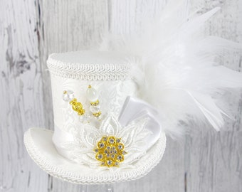 White and Off White Lace Medium Mini Top Hat Fascinator, Alice in Wonderland, Mad Hatter Tea Party, Derby Hat