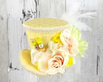 Light Yellow and Cream Flower Garden Medium Mini Top Hat Fascinator, Alice in Wonderland, Mad Hatter Tea Party, Derby Hat