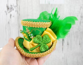 St Patrick's Day - Green and Gold Glitter Shamrock Small Mini Top Hat Fascinator, Alice in Wonderland, Mad Hatter Tea Party, Derby Hat