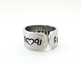 Sisters Ring / Stepsisters Ring / Friends Ring Gift- I loVe you Sis, Ur my world, Hand Stamped Textured Ring, Gifts under 28
