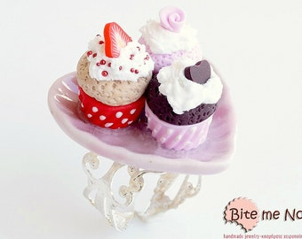 Assorted Valentine's Day Cupcakes Ring, Cupcake Ring, Cupcake Jewelry, Miniature Food Ring, Food Miniatures, Foodie Gift, Kawaii jewelry