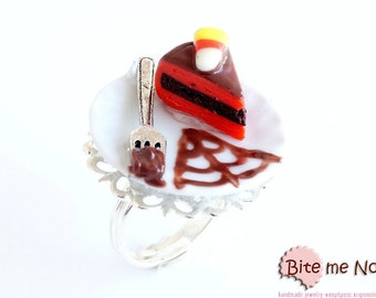Halloween Piece of Cake Ring Mini Food Jewelry - Miniature Food Jewelry, Handmade Ring, Polymer Clay, Dollhouse Miniatures