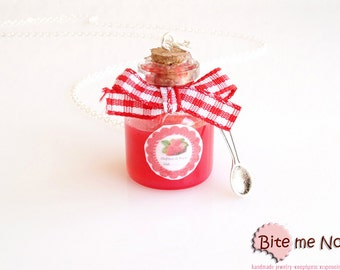 Strawberry Jam Bottle Necklace, Glass Bottle, Mini Food, Kawaii Jewelry, Miniature Sweets, Food Jewelry, Cute Jewelry