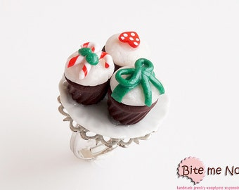 Food Jewelry Christmas Cupcakes on Ceramic Plate Ring, Miniature Food, Polymer clay Sweets, Mini Food Jewelry, Christmas Jewelry