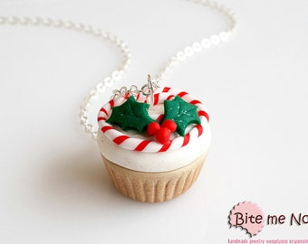 Christmas Cupcake Necklace, Cupcake Jewelry, Miniature Food, Mistletoe, Kawaii Jewelry, Foodie Gift