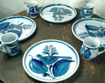 8 Pc Mexican Pottery Dinnerware Set Vintage 1970's Hand Painted Large Plate Mug Coffee Tea Drinking Table Setting Decor Made In Mexico