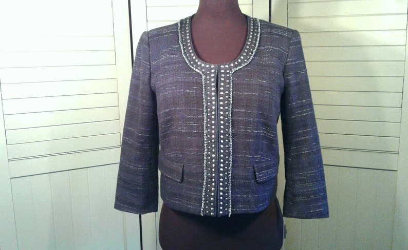 Ann Taylor Cropped Studded Blazer Jacket Scoop Neckline Dark Blue Woven Variegated Fabric Hip Classic Business Clothing Women/'s Size 10