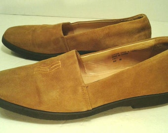 Cole Haan Suede Loafers Leather Flats Slip Ons Embroidered Toe Buckskin Tan Brown Signature Monogram Low Heels Casual Office Womens Size 8 N