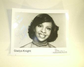 Hand Signed Photo Gladys Knight Singer Performer Gladys Knight And The Pips Autographed Photograph