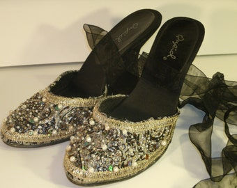 Beaded Sequins Wedge Brocade Silver Gold Embroidery Fabric Ribbon Wrap Tie Black Suede Leather Heel Cupid Holiday Dress Shoes Women's Size 6