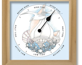 Seagull with shells illustration on green tide clock, nautical chart, hang or stand, tideclock