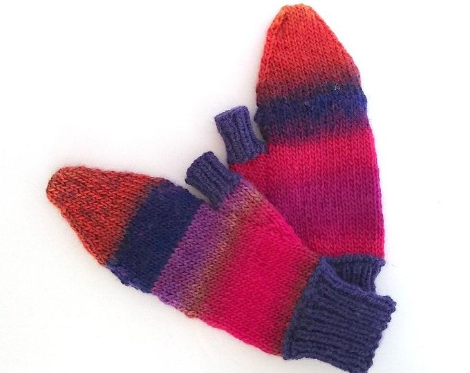 handknit glittens rainbow purples and reds