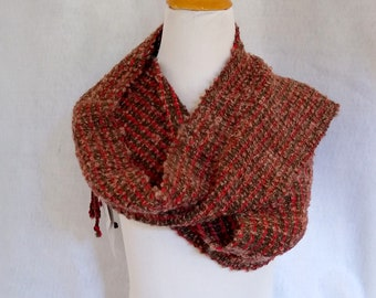 loomed boucle scarf brown red hand-woven