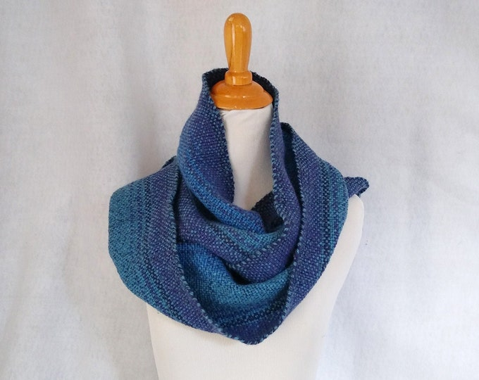 blue hand-woven scarf for winter, blue ombre stripes colorshift