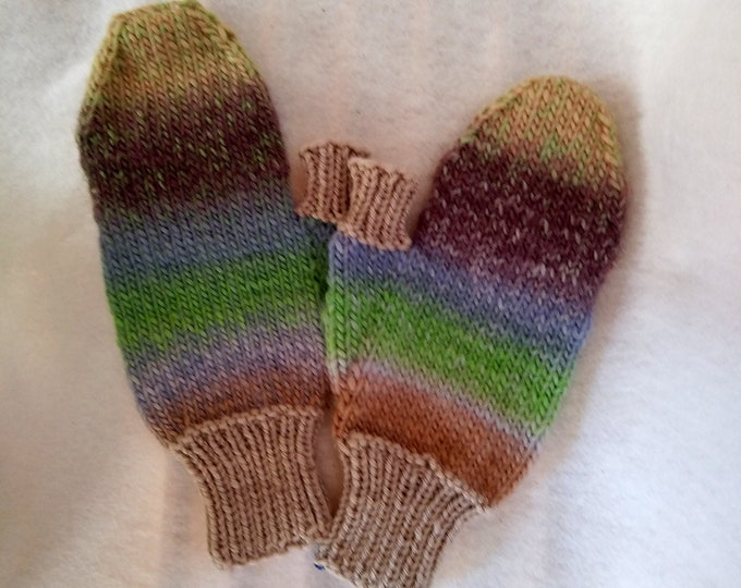 hand-knit texting mittens with retractable finger cover