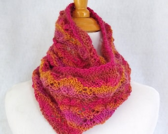 loop scarf hand knit in pink mauve coral light-weight wool yarn, christmas gift for  her