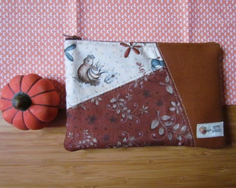Leather clutch bag with zipper