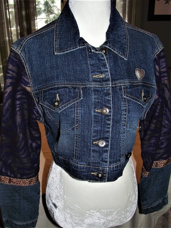 Refurbished Womens Denim Jacket-size Lrg