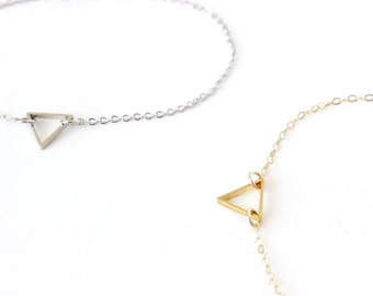 Triangle Bracelet Gold Triangle Bracelet Gold Filled Bracelet Geometric Bracelet Tiny Triangle Bracelet Gold Bunting Bracelet Triangle