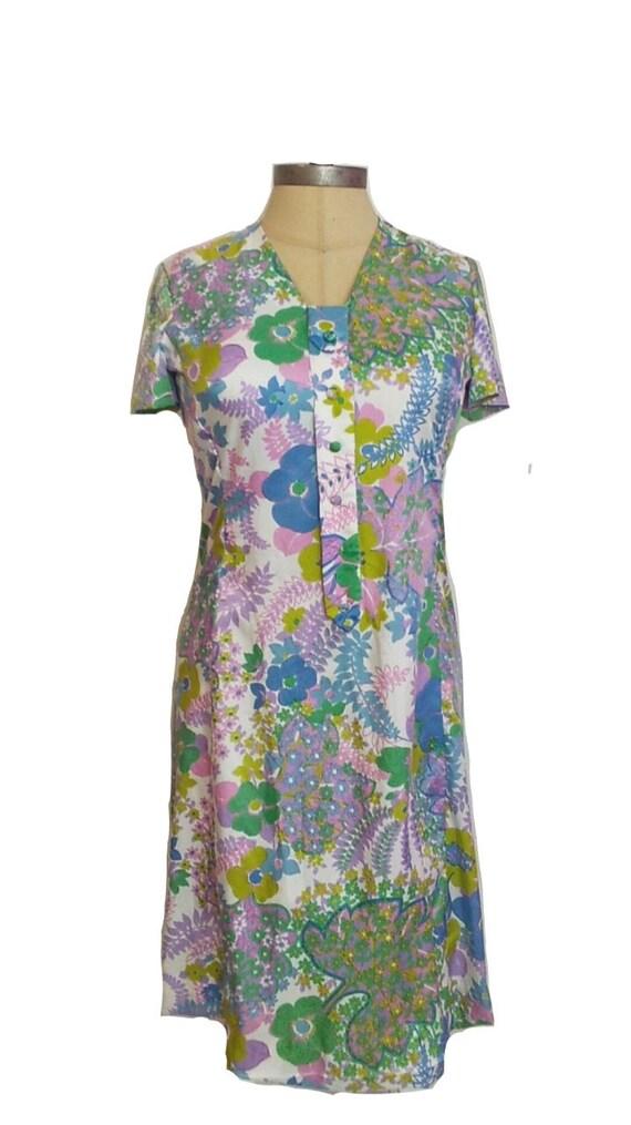 Vintage 60s Women's Floral Print Mod Dress | Retro