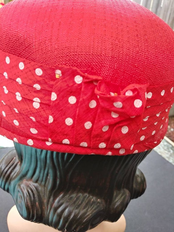 Vintage 1950s Women's Red Straw Hat with Polka Do… - image 7