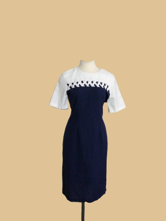 1980s Vintage SHELLY MICHAELS Lattice Navy and Whi