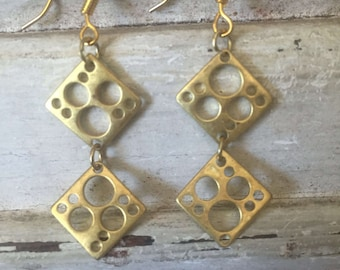Gold pendant earrings