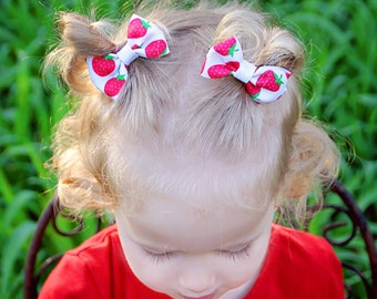 Strawberry Pigtail Bows, Strawberry Hair Bows, Strawberry Hair Clips, Strawberry Mini Bows, Mini Pigtail Bows, Small Pigtail Bows, Bow Clips