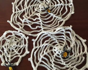 3 Spider Webs with Spiders!