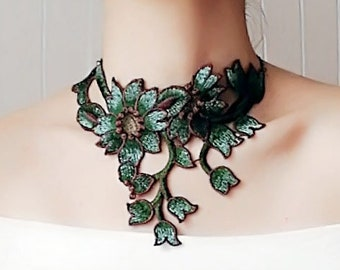 statement dark green silver floral lace choker / embroidery lace statement bib necklace / retro boho chic accessory art deco / jewelry gift