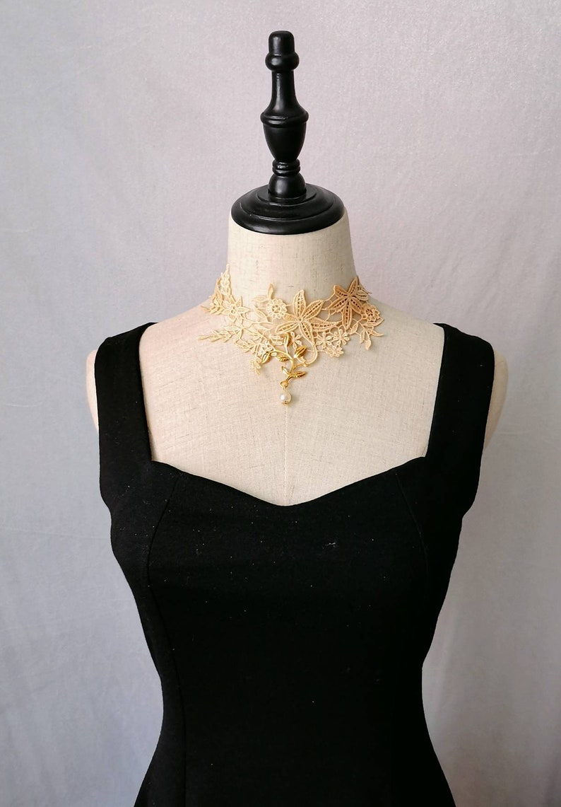 cream gold lace choker  floral charm pearl beaded choker necklace  white bridal victorian lace collar bib necklace Gothic gold lace choker