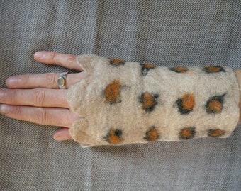 Felt Pulse warmer Leolook gloves TIBETgalerie om