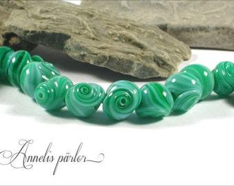 SRA handmade lampwork beads, tiny glass shells, Artisan lampwork beads, Swedish glass crafts