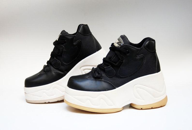 c78c333ae71 Platform shoes vintage platform platform sneakers black