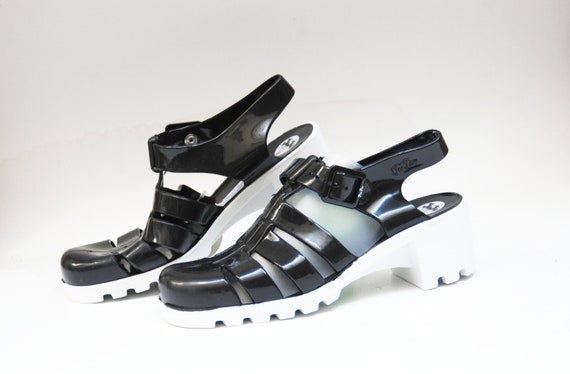 gel shoes plastic shoes rubber shoes jelly shoes 90s sandals shoes vintage sandals size 41 uk 8 us 10 gelly recycled plastic summer shoes