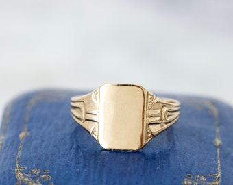 Dainty Pinky Signet Ring in 10k Yellow Gold, Size 4.25, Art Deco Inspired 1960s Jewelry, Vintage Baby Rings, Engraved Low Profile Jewels
