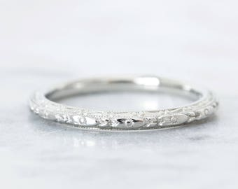 Etched Art Deco Wedding Ring | Antique Flower Blossom Wedding Band | 18k White Gold | Bridal Stacking Jewelry | 1920s Eternity Band | Size 6