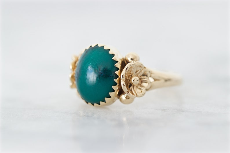 Unique Turquoise Cocktail Ring 14k Yellow Gold Size 5.25 image 0
