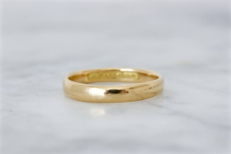 1910s Wedding Band Antique 18k Yellow Gold Wedding Ring Art image 0