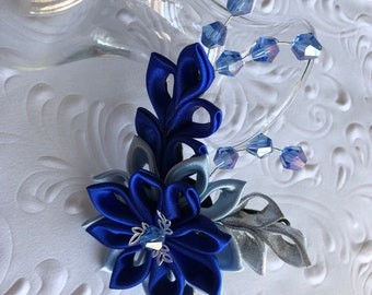 half-circle women/'s curls all light ceramic style midnight blue flower and pearls