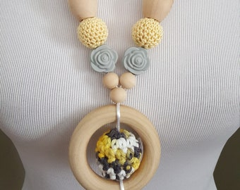 Teether Necklace for Mom. Nursing Necklace. Natural Jewelry.  Teething Ring. Crochet Nursing Necklace. Gift for her. nursing necklace wood