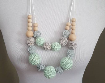 Crochet Nursing Necklace. Wood teething Necklace. Nursing Necklace. Natural Jewelry. Teething necklace for mom. Mommy and Me set.