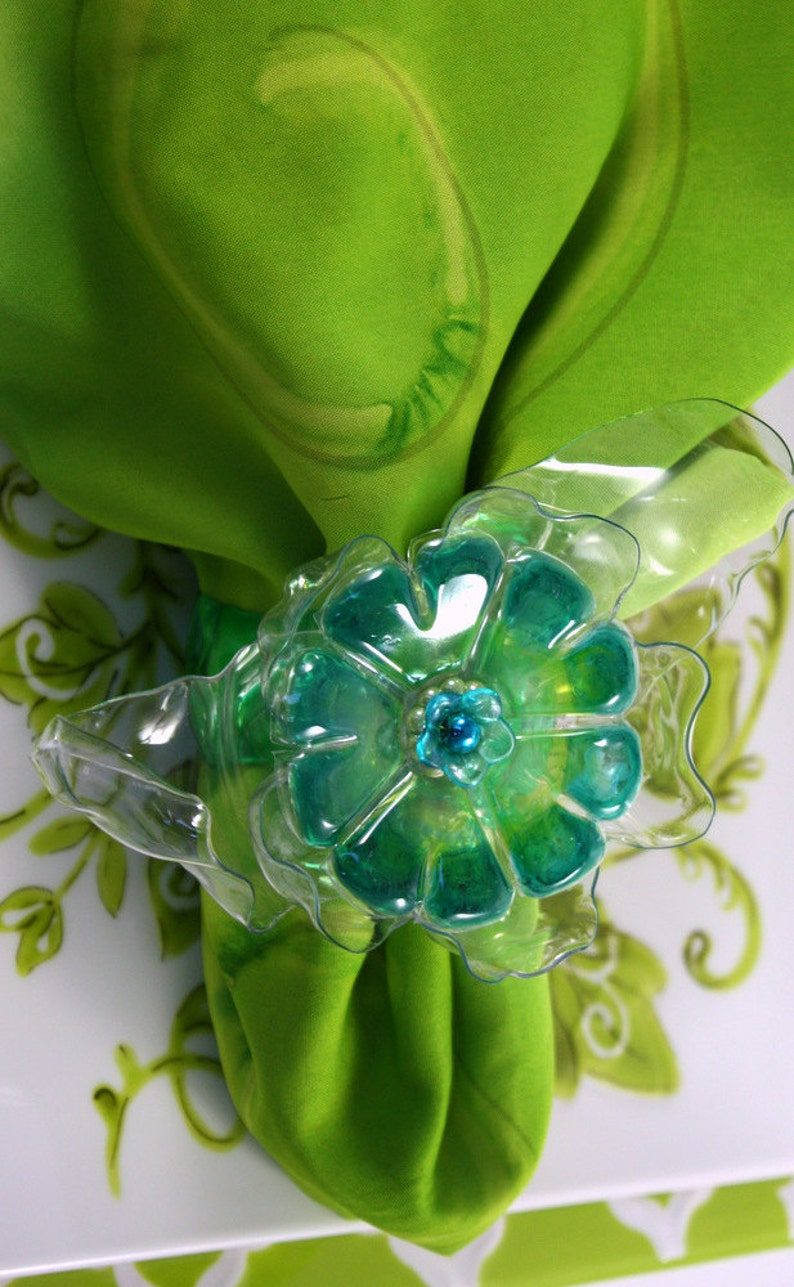 flower Recycled Art Green or Blue Set Red Table Decoration home decor Upcycled Plastic Bottle Napkin Ring Turquoise Orange Yellow