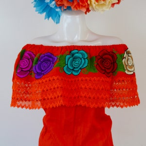 Off the Shoulder Dress with colorful Machine Embroidered Flowers White Summer-BOHO-Hippie-Frida Kahlo style-Fiesta Birthday Party Outfit Art
