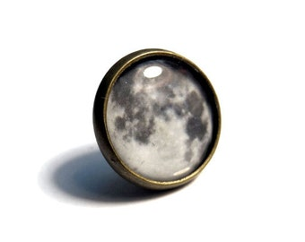 Full Moon Pin/Tie Tack