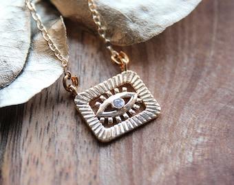 Eye necklace
