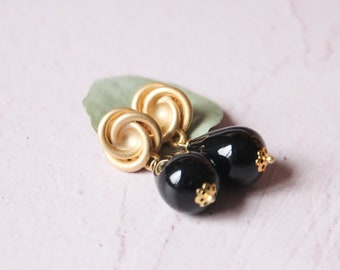 Onyx earrings, black jewels