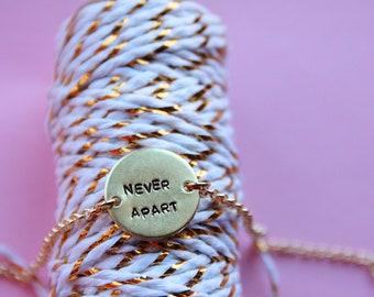 Tag bracelet customizable
