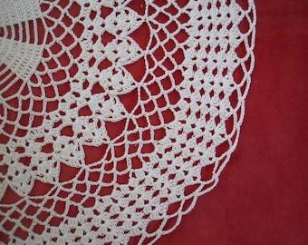 "Vintage 20"" Round Hand Crocheted Doily"