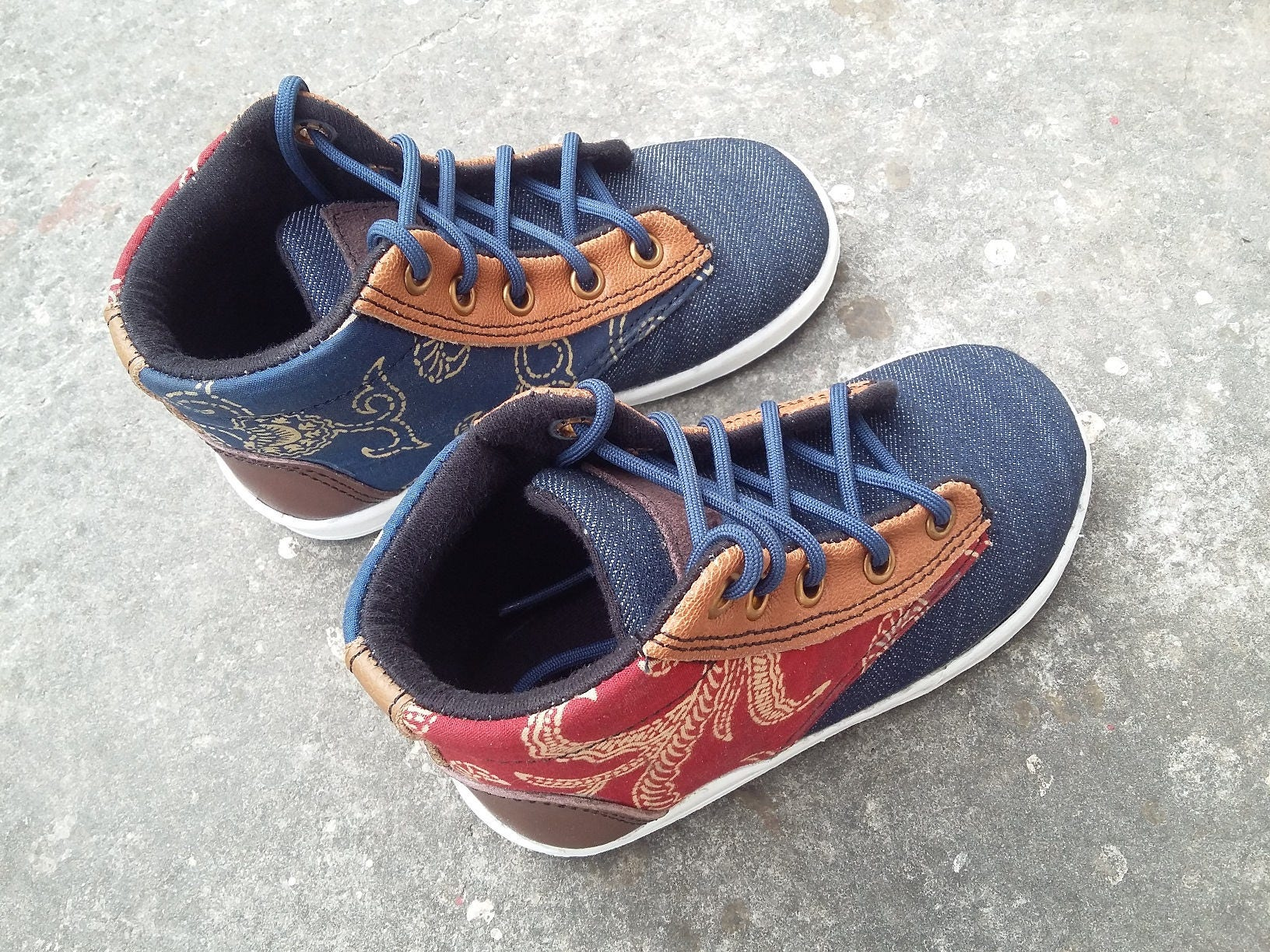 Kids Shoes toddler, US 6.5 kids java / EU 23 batik java kids cotton blue red, jeans, brown leather, handmade Rangkayo Children sneakers 2dd3b8